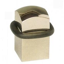 Butée de porte cubique